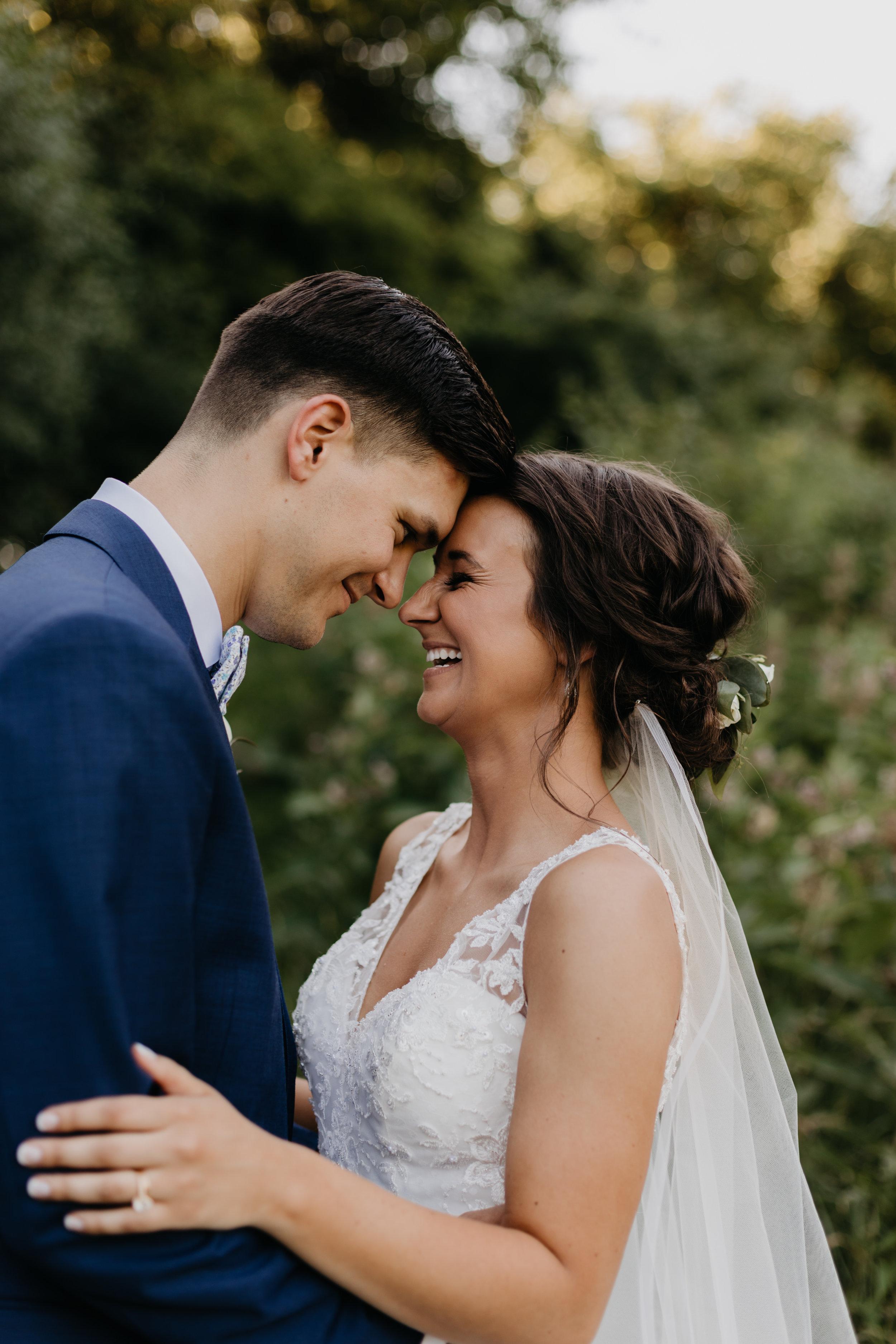Allie + Nick - sweet + natural outdoor wedding