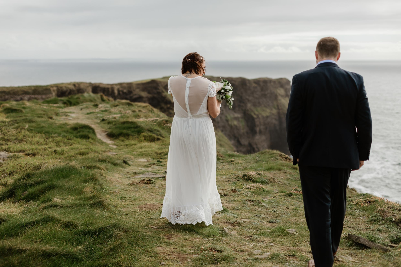 cliffs-of-moher-ireland-adventurous-elopement-21.jpg