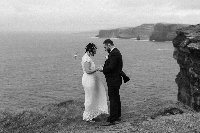 cliffs-of-moher-ireland-adventurous-elopement-54.jpg