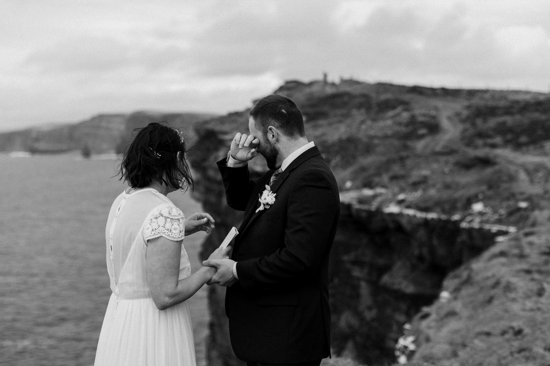 cliffs-of-moher-ireland-adventurous-elopement-55.jpg