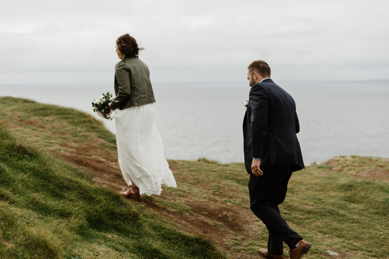 cliffs-of-moher-ireland-adventurous-elopement-69.jpg