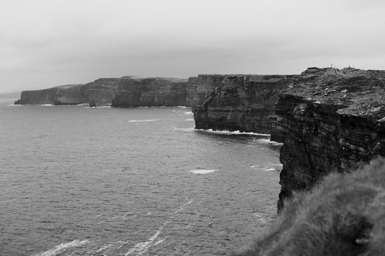cliffs-of-moher-ireland-adventurous-elopement-77.jpg