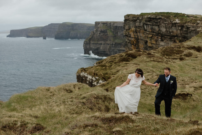cliffs-of-moher-ireland-adventurous-elopement-90.jpg