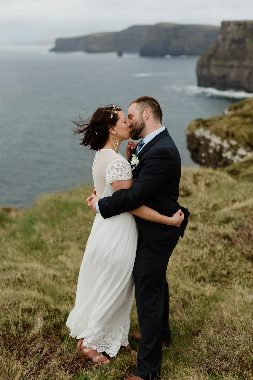 cliffs-of-moher-ireland-adventurous-elopement-93.jpg