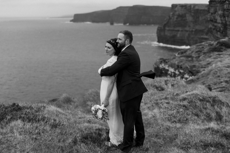 cliffs-of-moher-ireland-adventurous-elopement-98.jpg