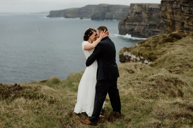 cliffs-of-moher-ireland-adventurous-elopement-99.jpg