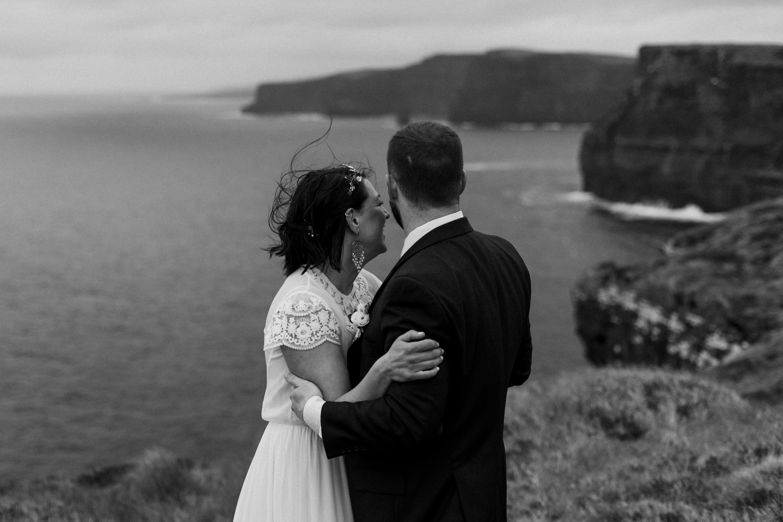 cliffs-of-moher-ireland-adventurous-elopement-101.jpg