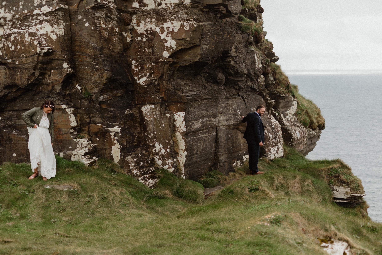cliffs-of-moher-ireland-adventurous-elopement-109.jpg
