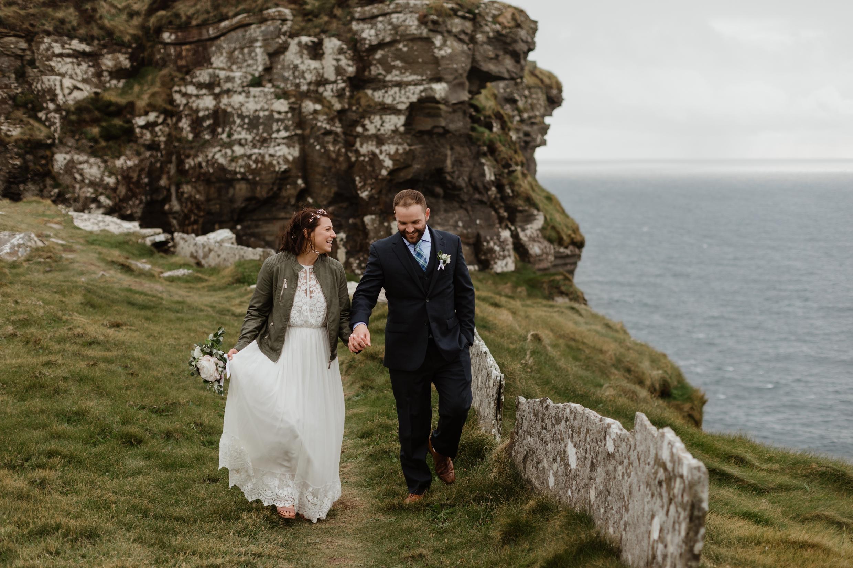 cliffs-of-moher-ireland-adventurous-elopement-112.jpg