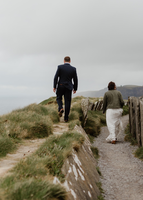 cliffs-of-moher-ireland-adventurous-elopement-113.jpg
