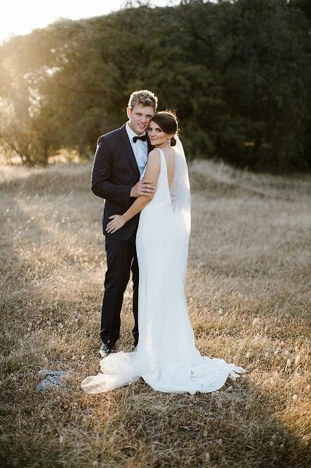 Bride: Bonny | Gown: 1.2 Natural Gown Soft tulle veil | Photographer: Sarah Tonkin