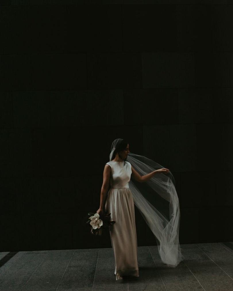Bride: Rachel | Gown: Bespoke Couture Gown Juliet Cap veil | Photographer: Stille by Olivia