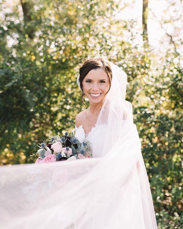 A bridal portrait of Lynsey ✨ Dress: @pronovias  Venue: @whiteoakchateau  Videographer: @dbarrettstudios  Second shooter: @_ivychristina  #gracevphoto #iawedding #iowawedding #iowabride #midwestbride #iaweddingphotographer #mnweddingphotographer #mnphotographer #iaweddingphotographer #iawedding #weddingphotographer #happy #yay #joy #wedding #bride #couples #allthefeels #inspired #married #theknot #tiedtheknot #wedded #light #airy #vsco