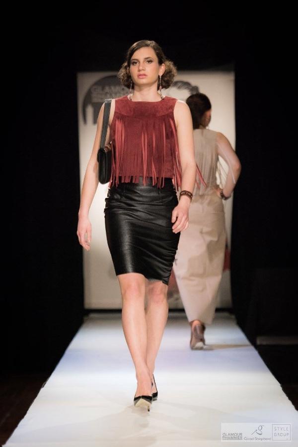 Model: Makena Pook