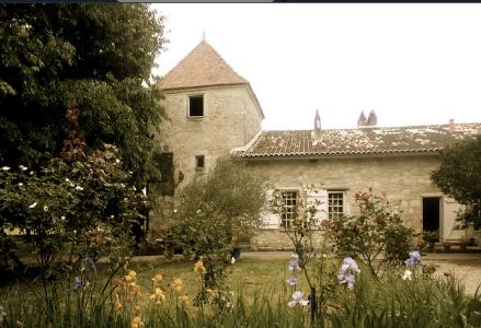 chateau lucas building