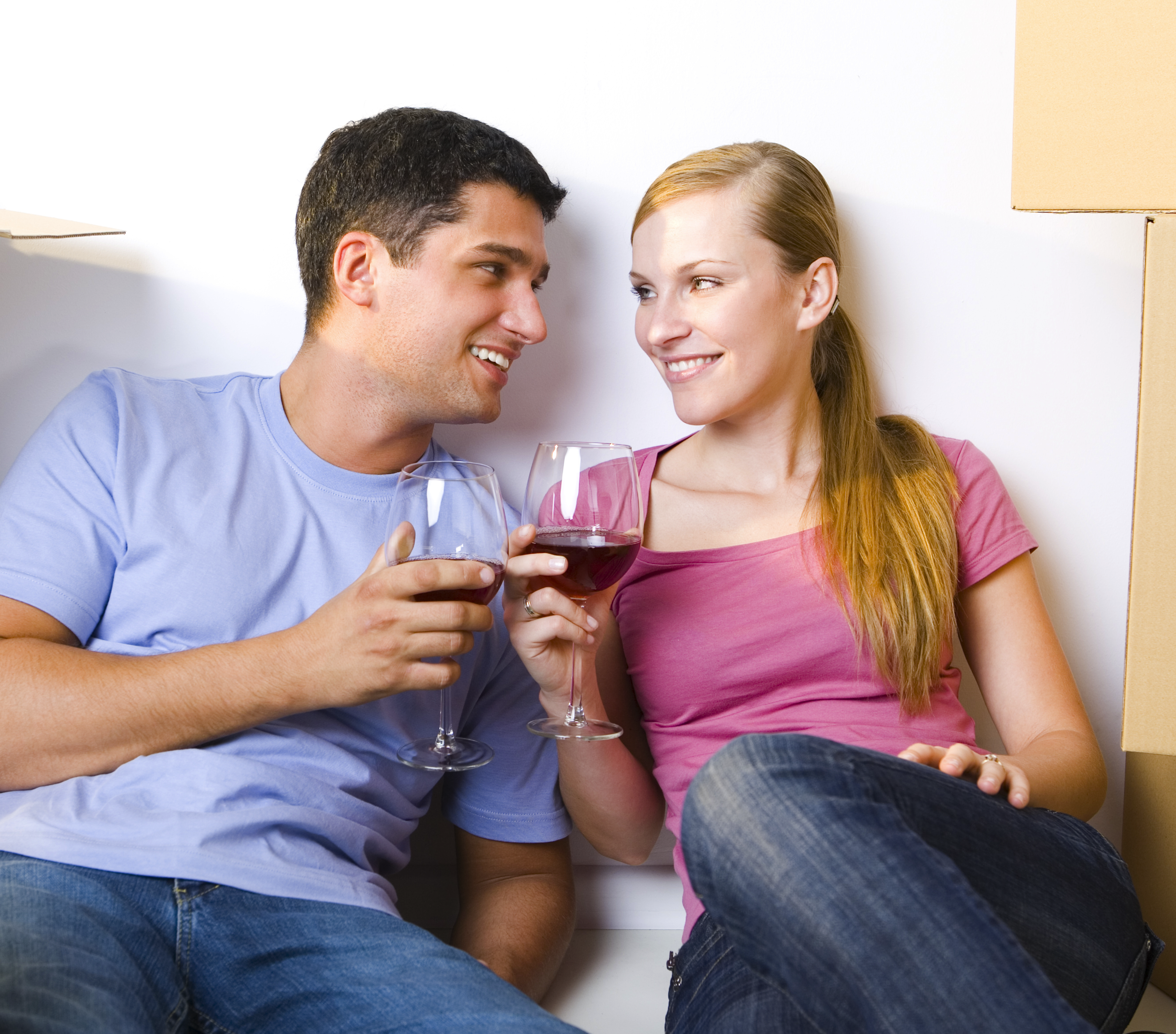 young-couple-drinking-wine-2.png