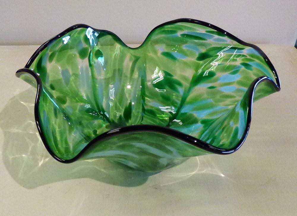 Bowl Scallop Malachite Draped (16-24315)
