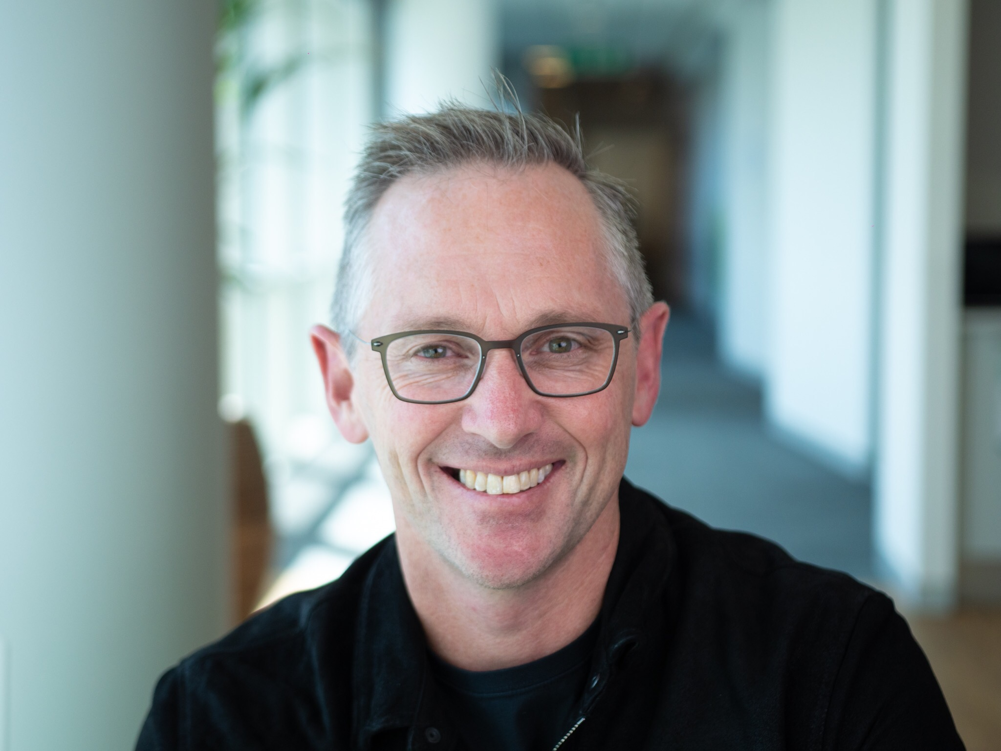 Hugh Williams - Hugh is Rampersand's first venture partner. He is a university professor, company advisor, and founder of his own philanthropic education venture. Hugh helps find new companies for our portfolio and mentors our portfolio companies. You can reach him at hugh@rampersand.com