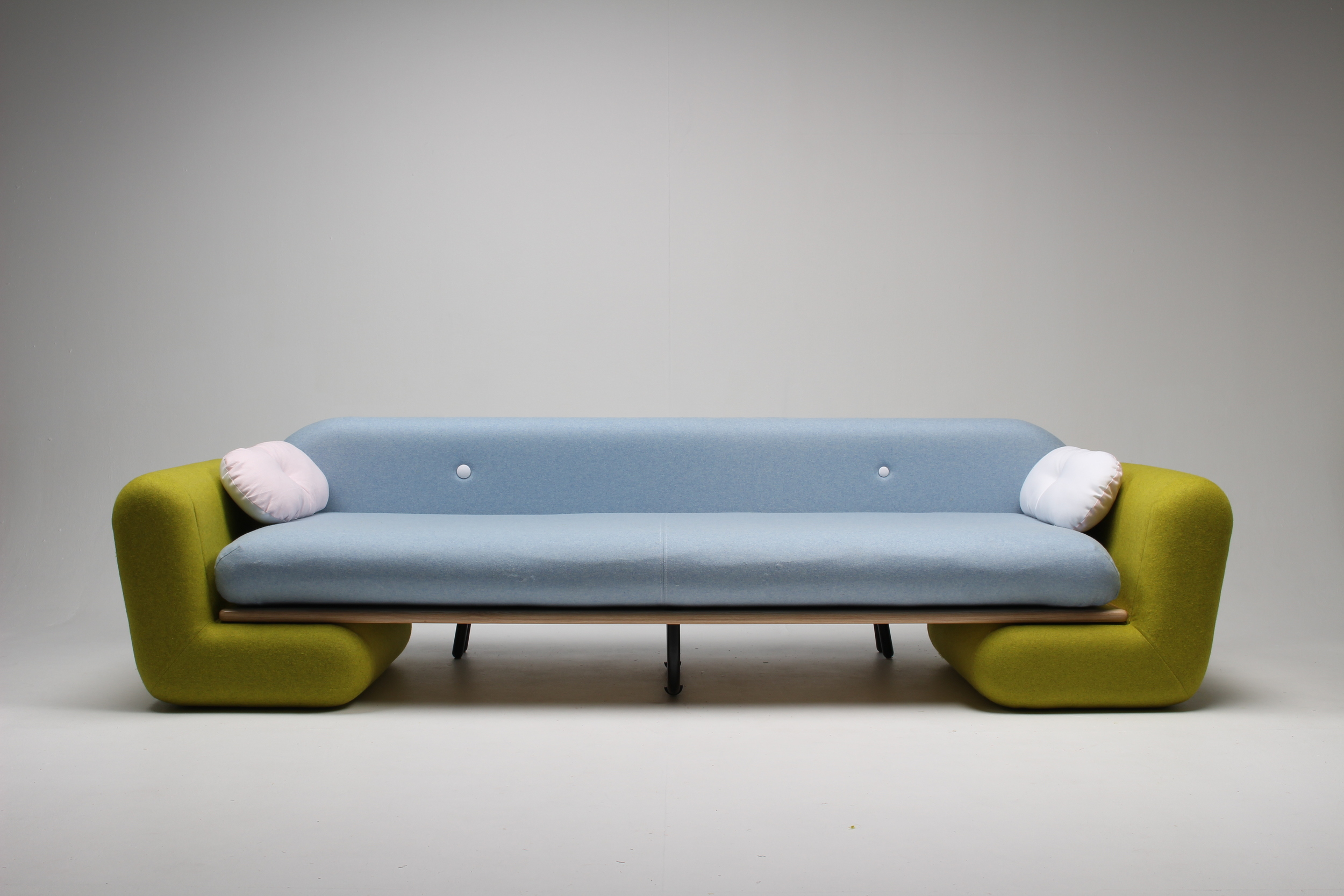 Inclusion Couch. Marven Reber. UNITEC.
