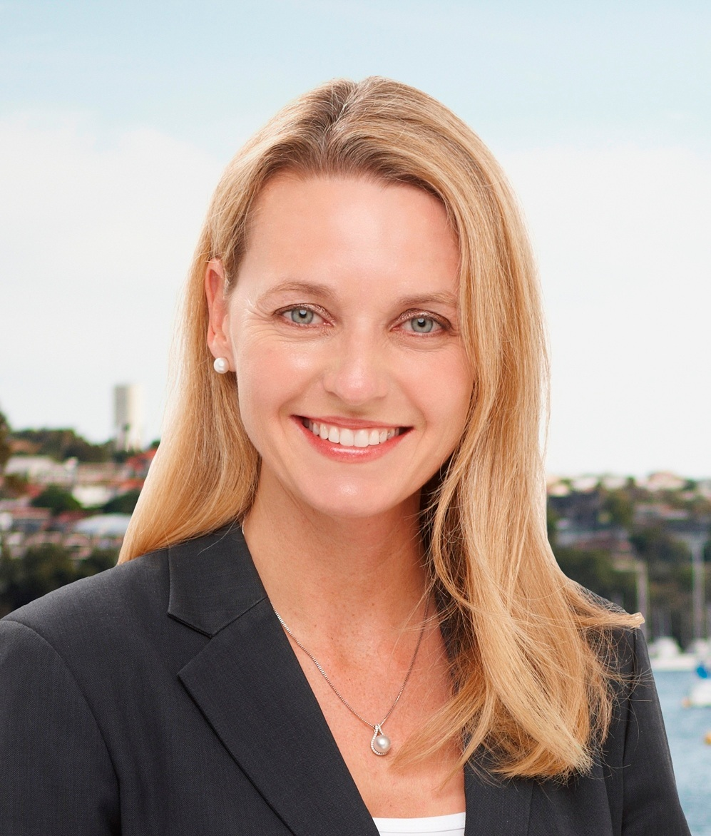Elite Agent Stefanie Dobro    RERN Agent of the Year, RERN Hall of Fame member and a string of Grandmaster and Master awards from REIWA for value of property sold.