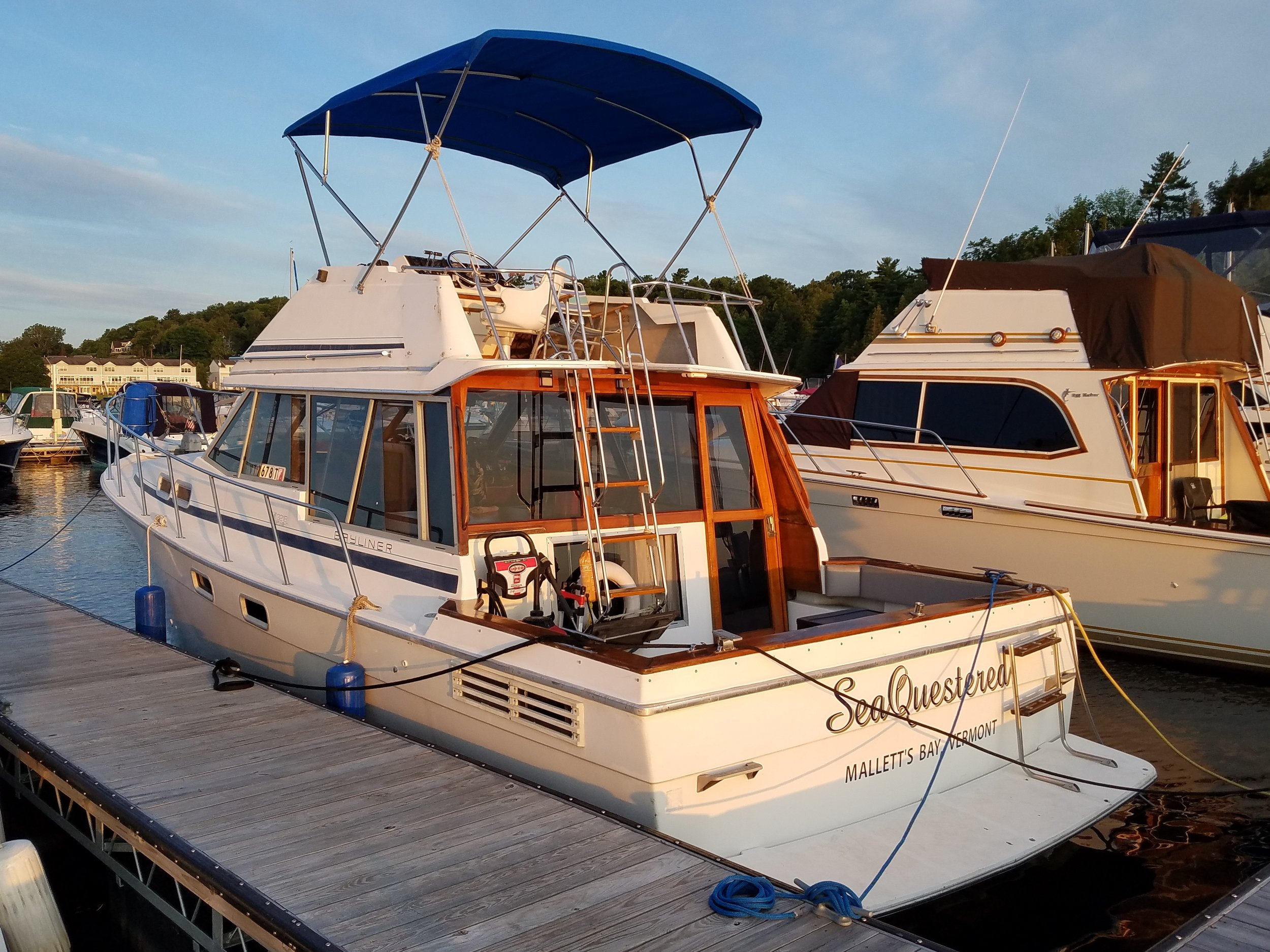 Late Classic - 1988 Bayliner Late classic 3218 Motor Yacht owned by Brian Costello, photo submission.