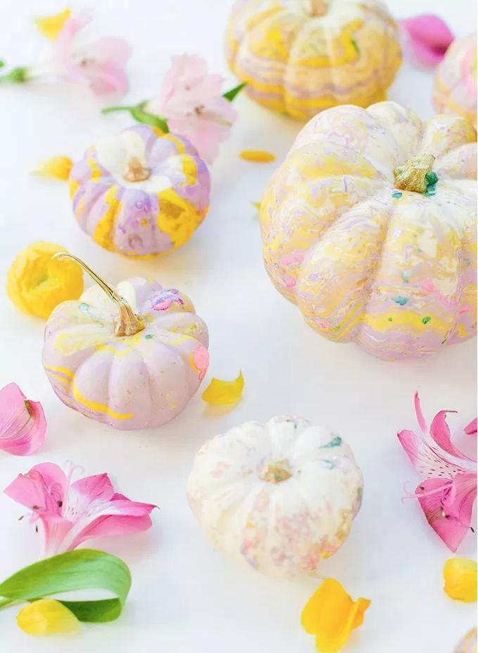 Pastel Marble Pumpkins from  @theproperblog