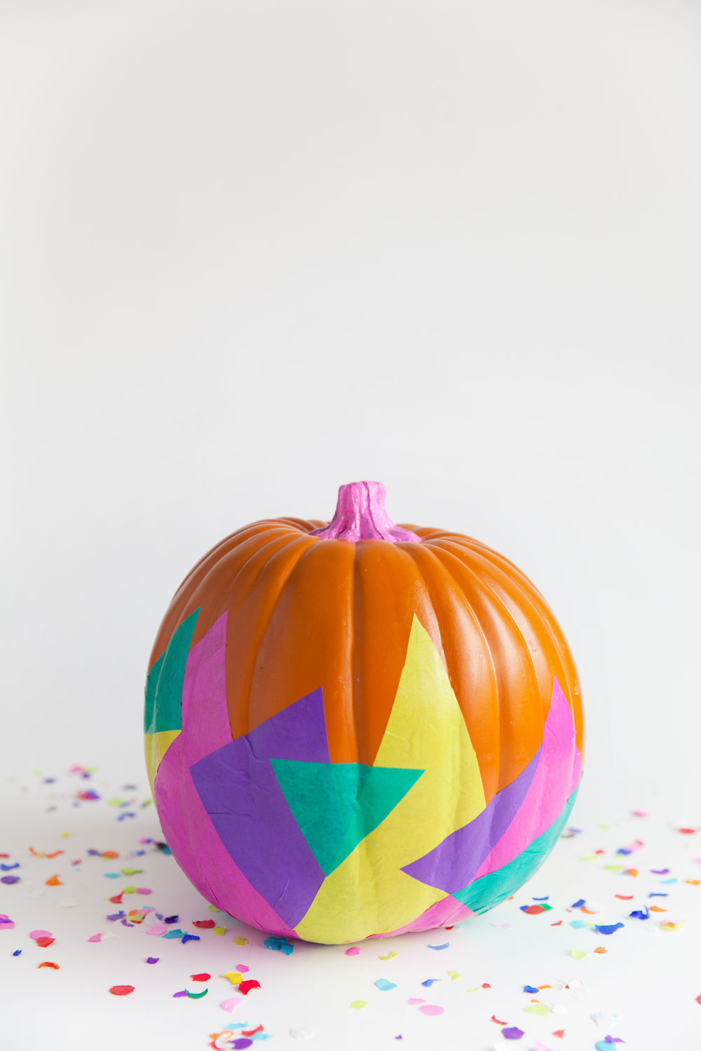 Tissue covered pumpkin from  @tellloveandparty