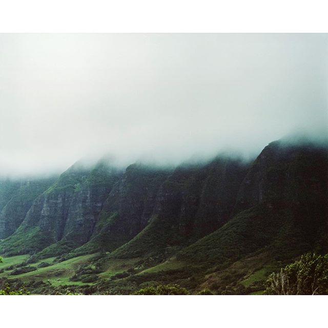 Jurassic Park Shot with Pentax 67 on @kodak Portra 400 . . . . . . . . . . . . . . . . . #pentax #6x7 #adventure #adventuretravel #hawaii #analogphotography #pentax67 #outdoors #travel #film #kodak #portra400 #mediumformat #staybrokeshootfilm #explore #oahu #120film #analog #journalism #photography #documentary #mountains #mist #jurassicpark #island
