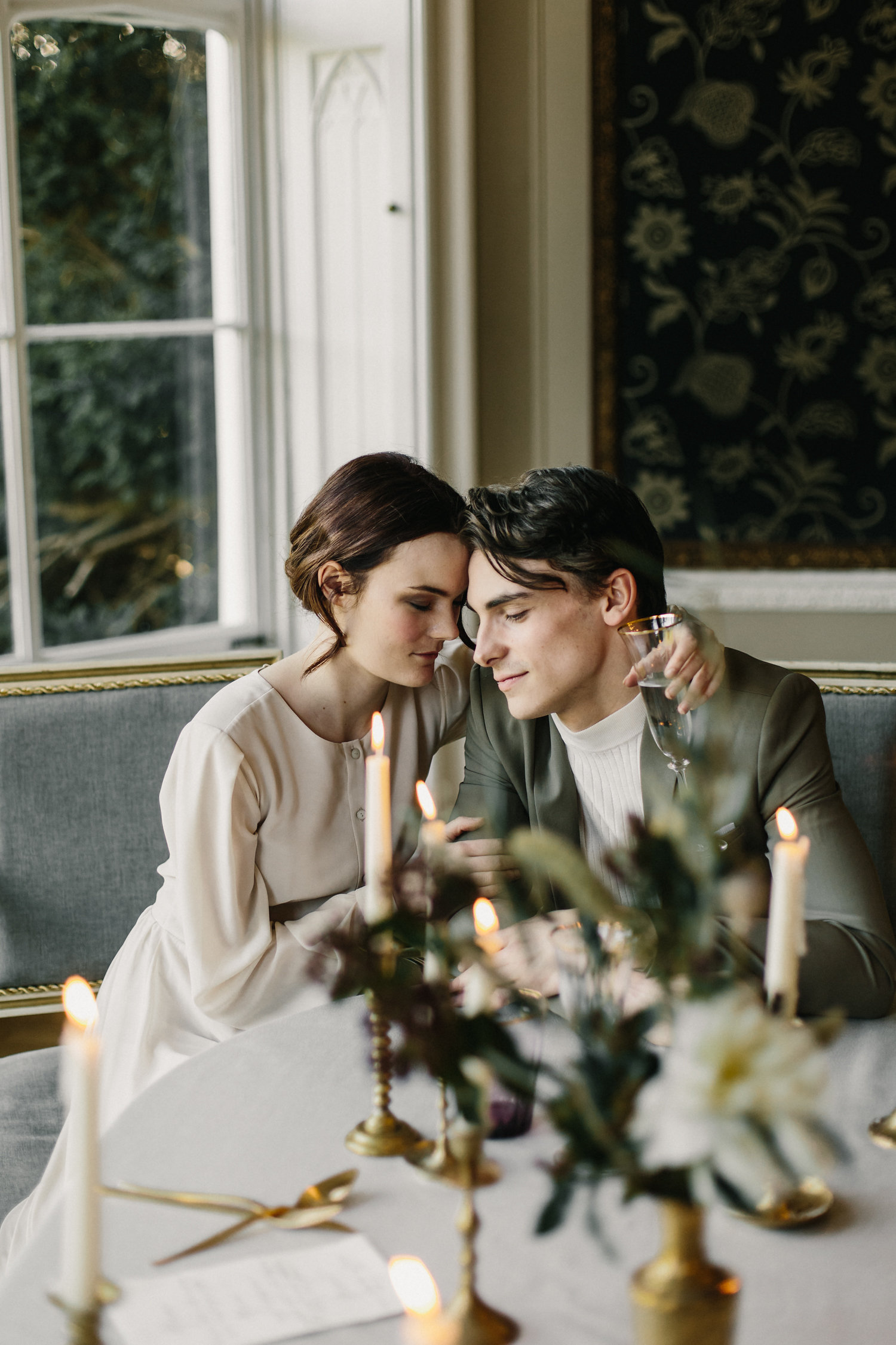 nonsuch-mansion-featured-oncewed-magnolia-rouge-wedhead-hire