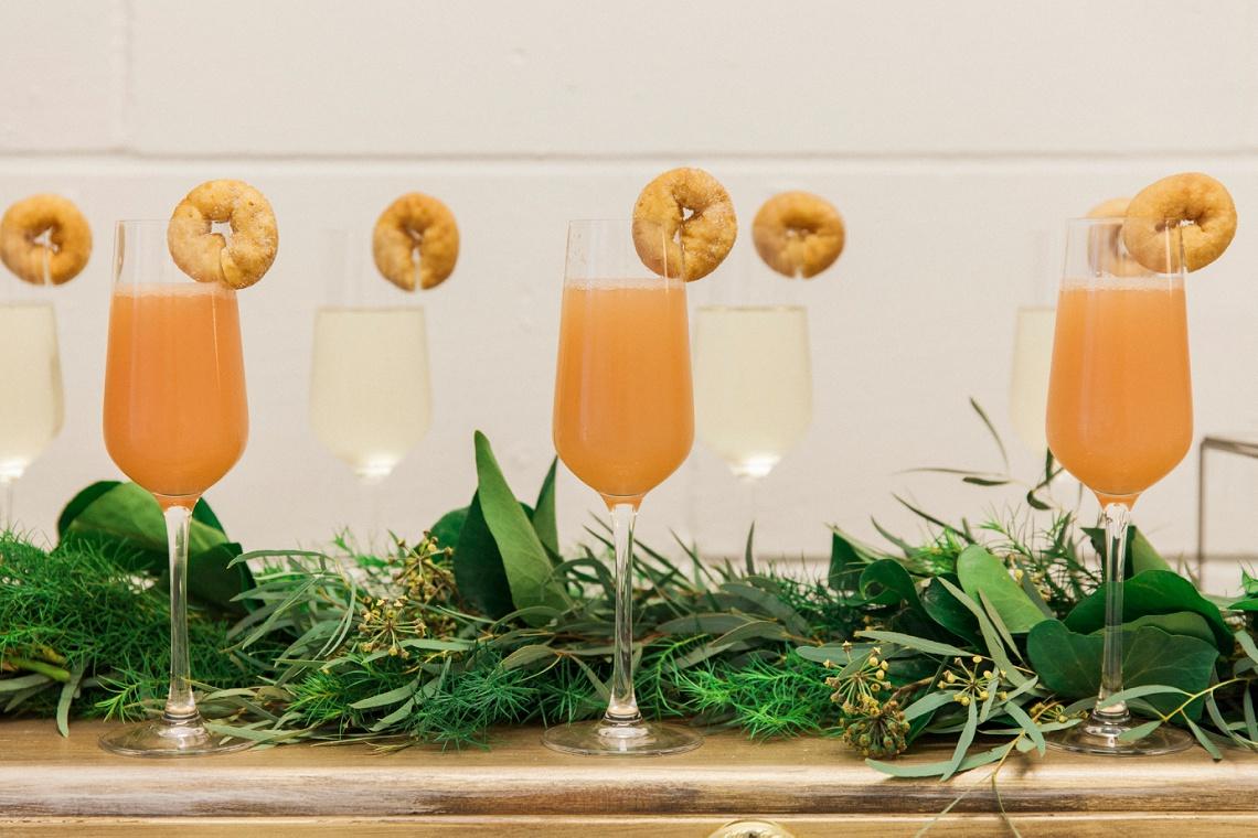 wedhead_champagne_piano_bar_wedding_hire