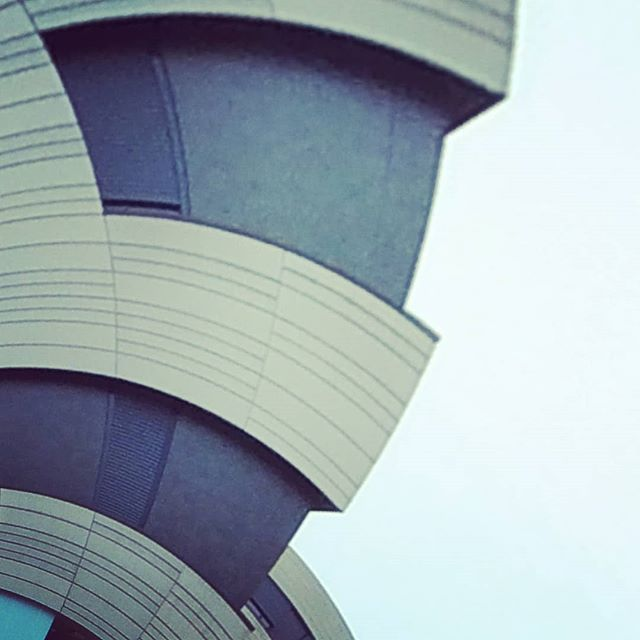 #tinyplanet #tinyworld #360 #360photo #360photography #360sphere #sphere #mi #misphere #planet #summer #austria #360camera #lifein360 #urban #explore #urbanexploration #urbanexplorer #travel #travelphotography #panorama #xiaomi #360instalife @xiaomi.global #xiaomiphotography #concrete #linz