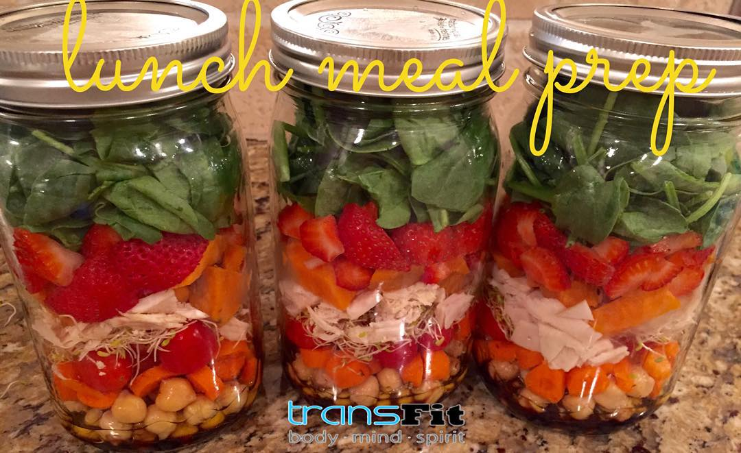 lunch meal prep salad jars.jpeg