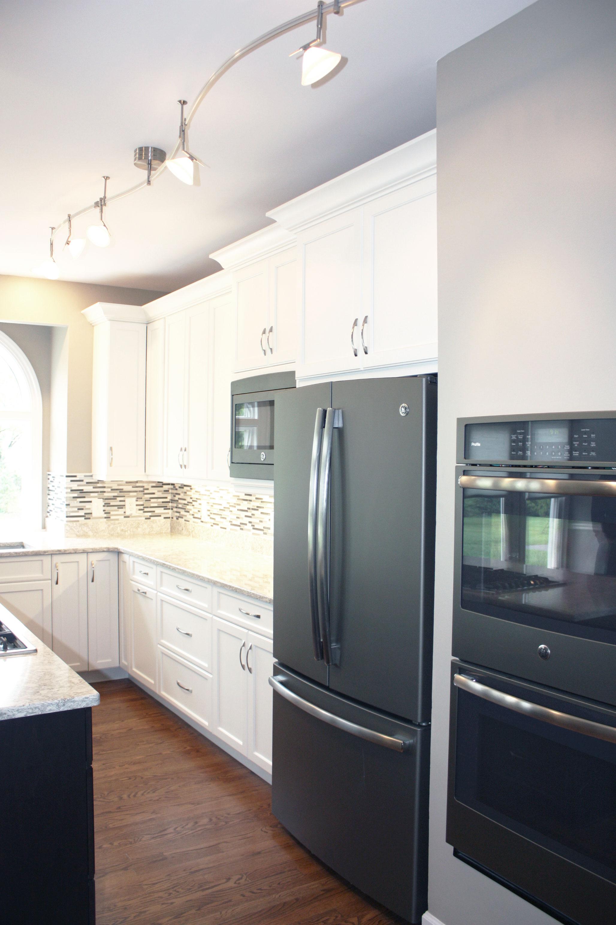 SCHIFF_kitchen2.jpg
