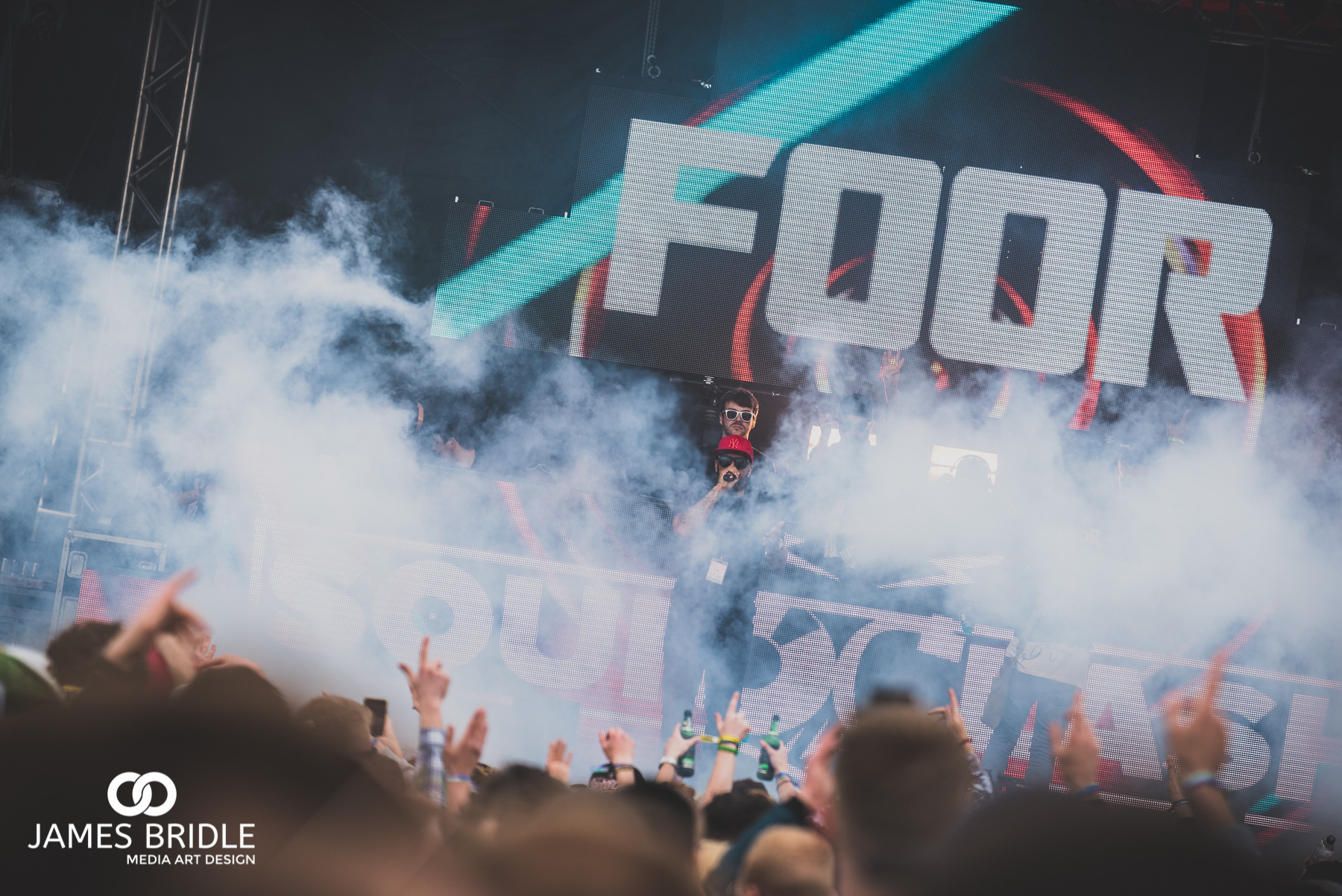 FOOR, Main stage crowd at Soundclash Festival 2016