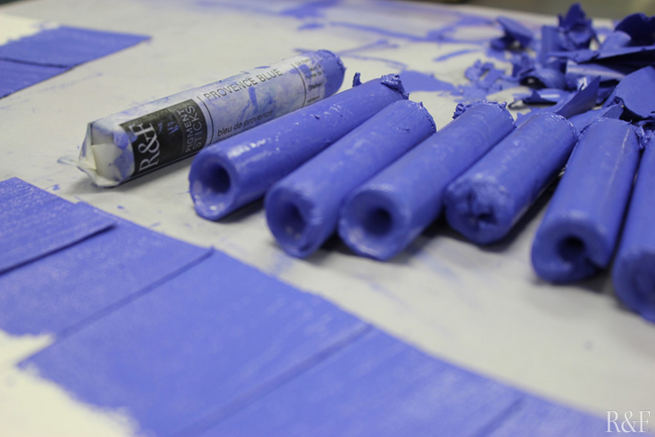 Checking color Provence Blue Pigment Stick.jpg
