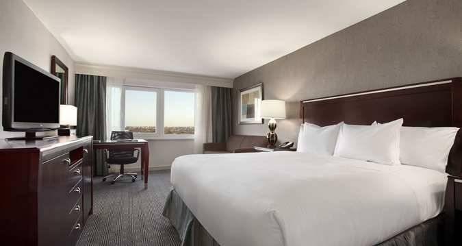 JFK Guestroom Picture1.jpg