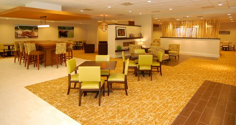 Holiday Inn Bedford Lobby.JPG