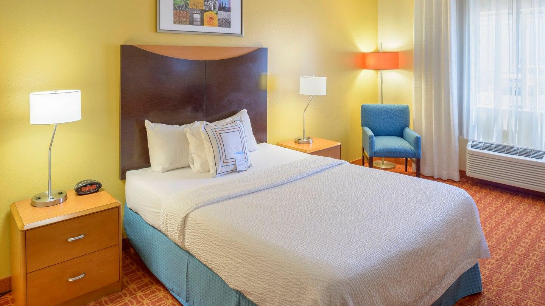 4 FFI Joplin jlnfi-guestroom-0015-hor-wide.jpg