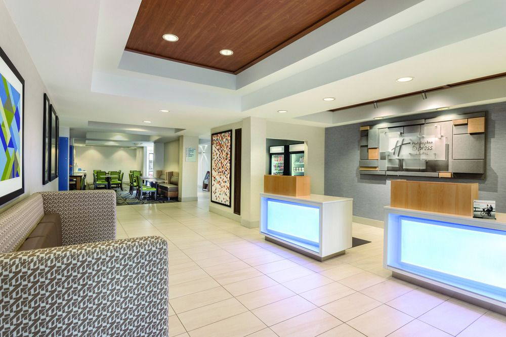 1 holiday-inn-express-and-suites-lawton.jpg