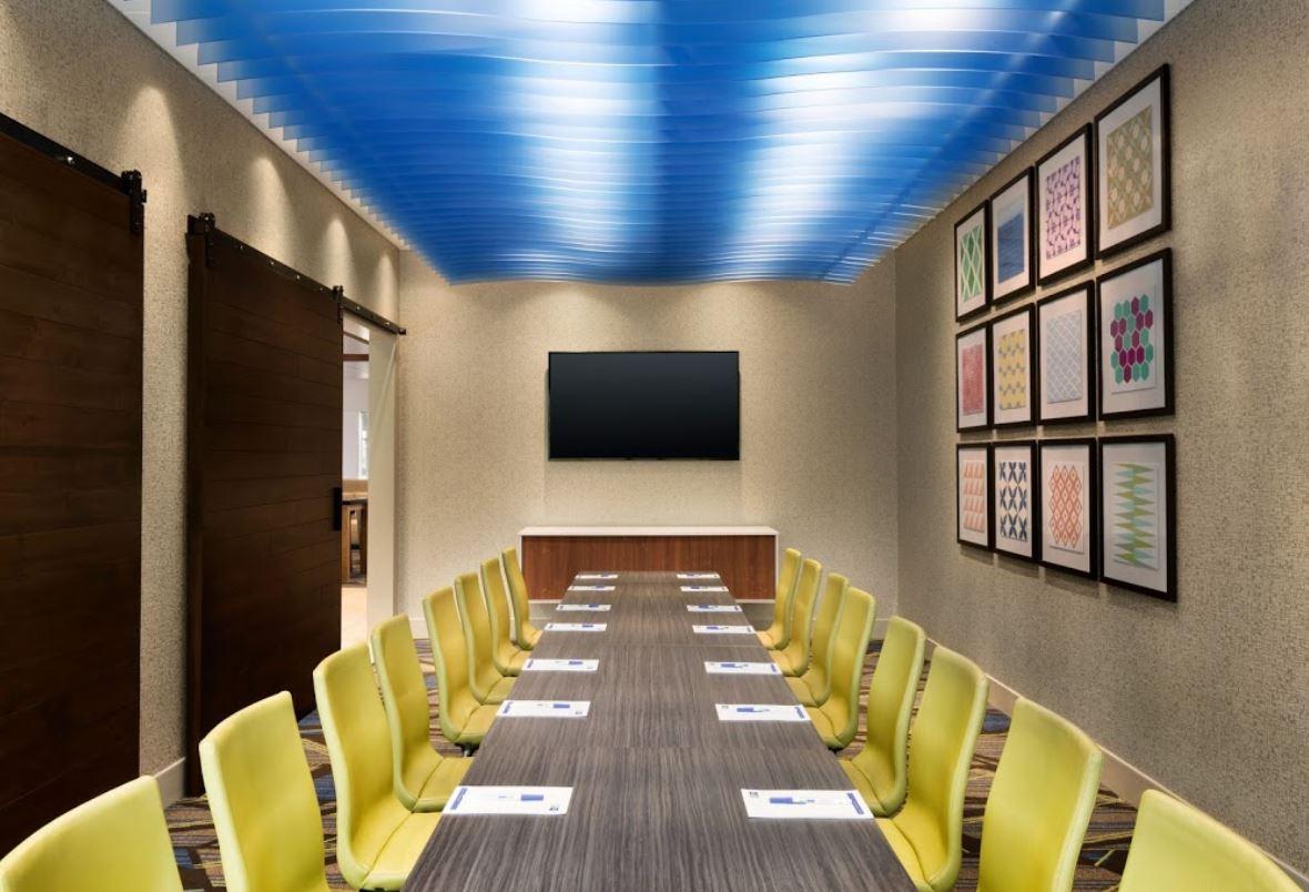 Flex Meeting Room 1.JPG
