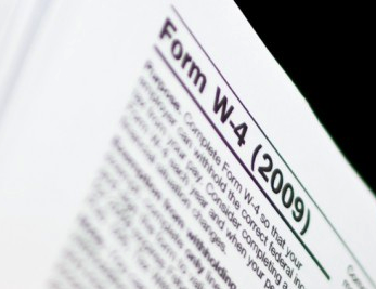 Federal W4   Complete this form so that your employer can withhold the correct federal income tax from your pay. Consider completing a new Form W-4 each year and when your personal or financial situation changes.
