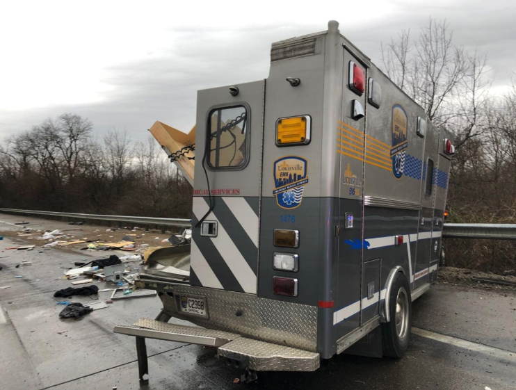 Kentucky Ambulance involved in MVA - jems.com