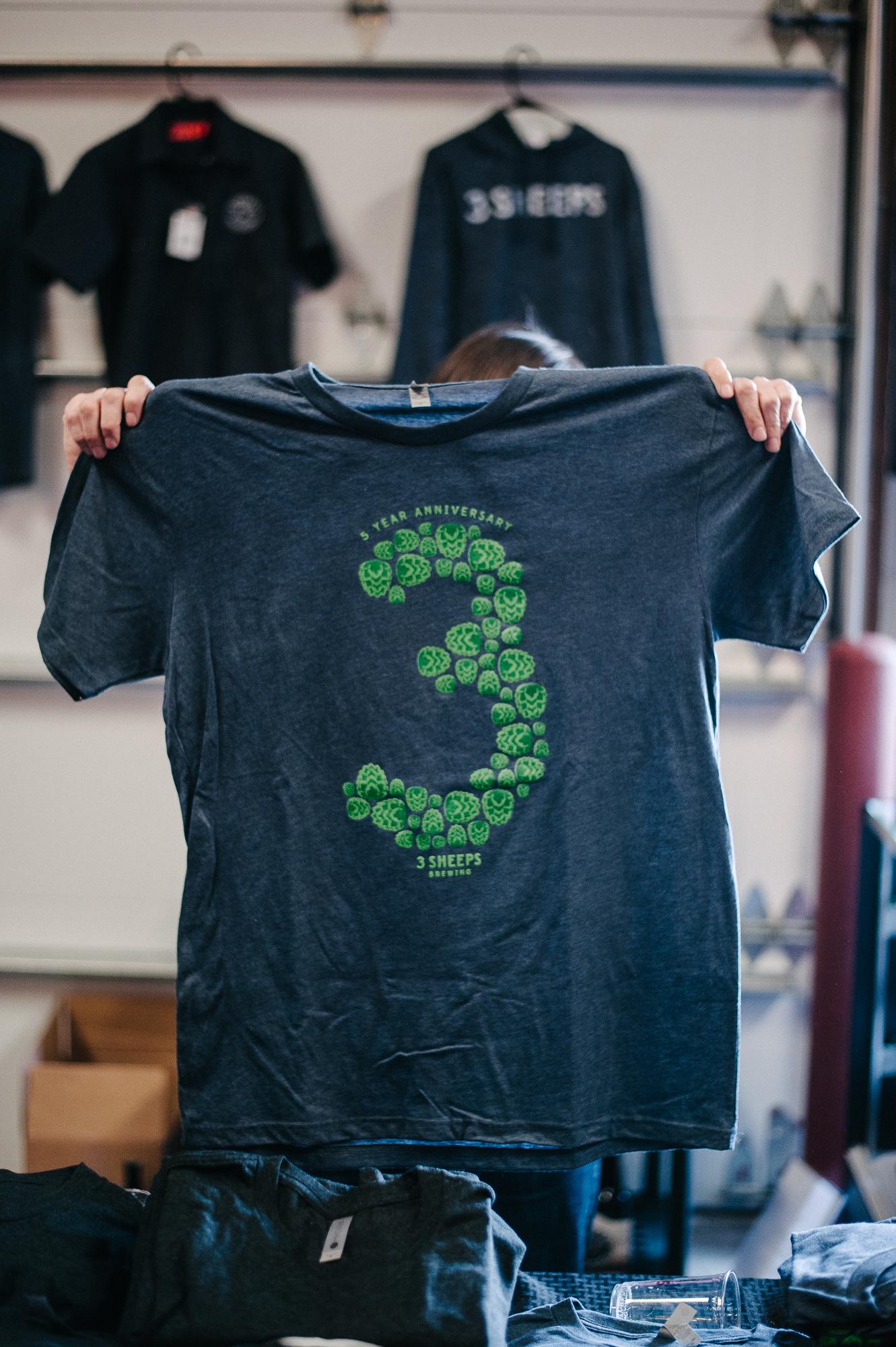 3 Sheeps Shirt Design