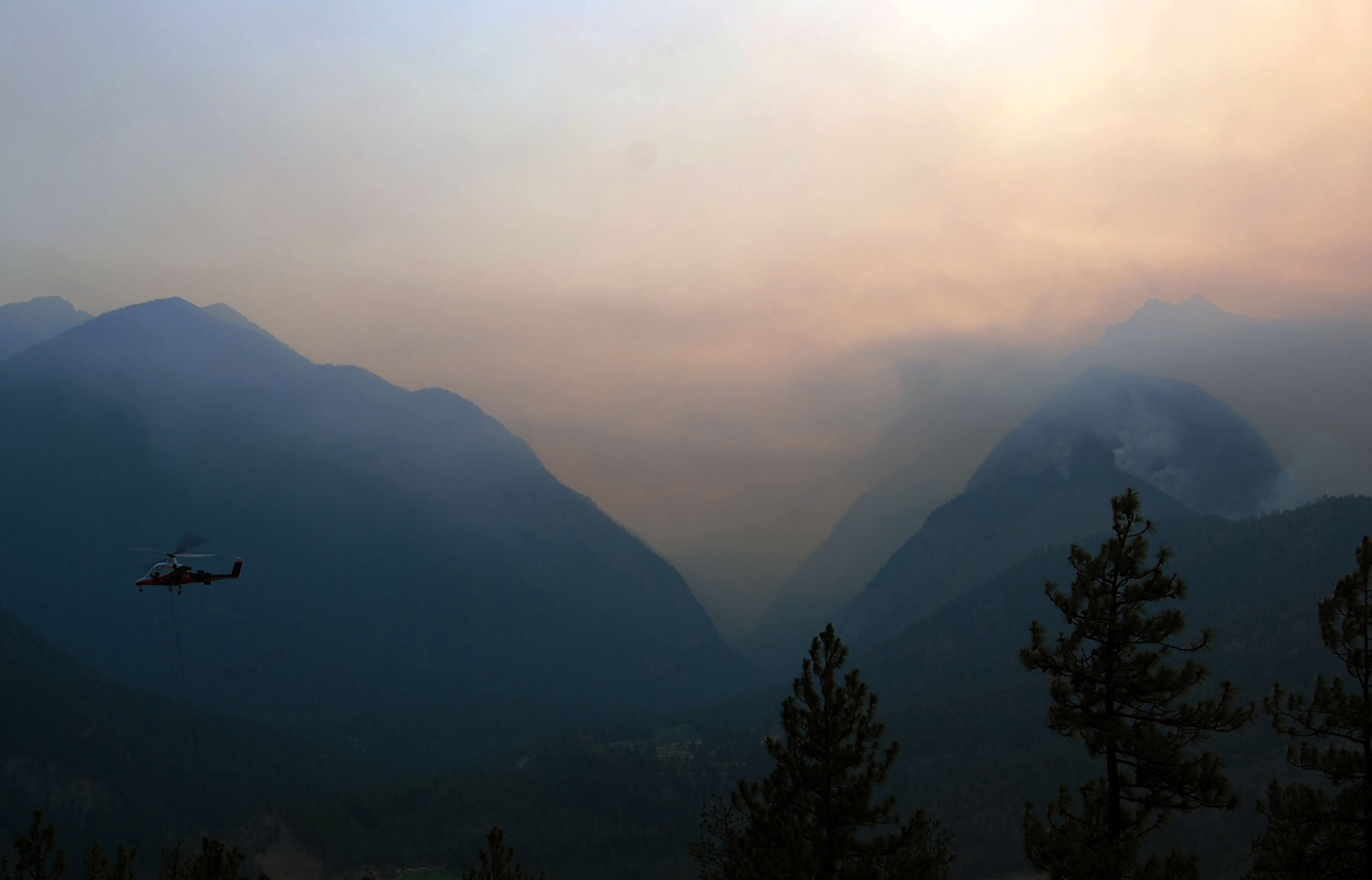 Wildfire haze obscures the Fraser River valley near Lytton, B.C. in 2009. Photo:  Zack Jackson  / Flickr