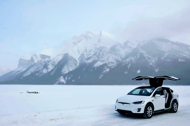 A Tesla Model X parked on Lake Minnewanka near Banff, Alta. (Adam Eustace/Electric Vehicle Association of Alberta)
