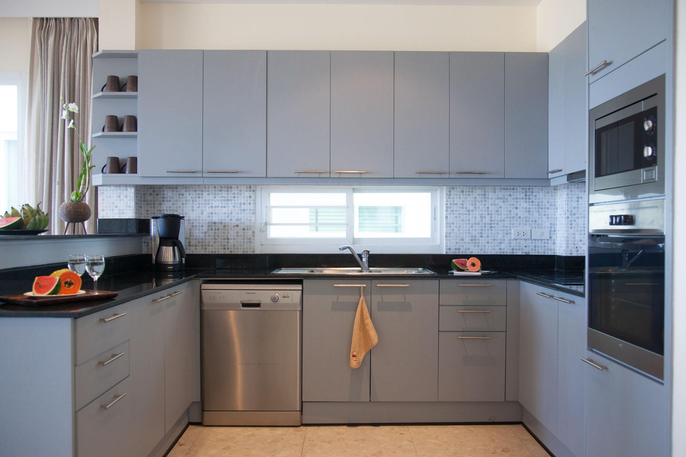 Köket är välutrustat med micro, varmugn samt diskmaskin.