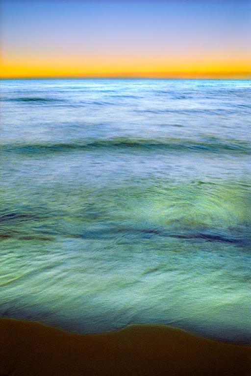 43 38_Waves_i22sc4_s2.jpg