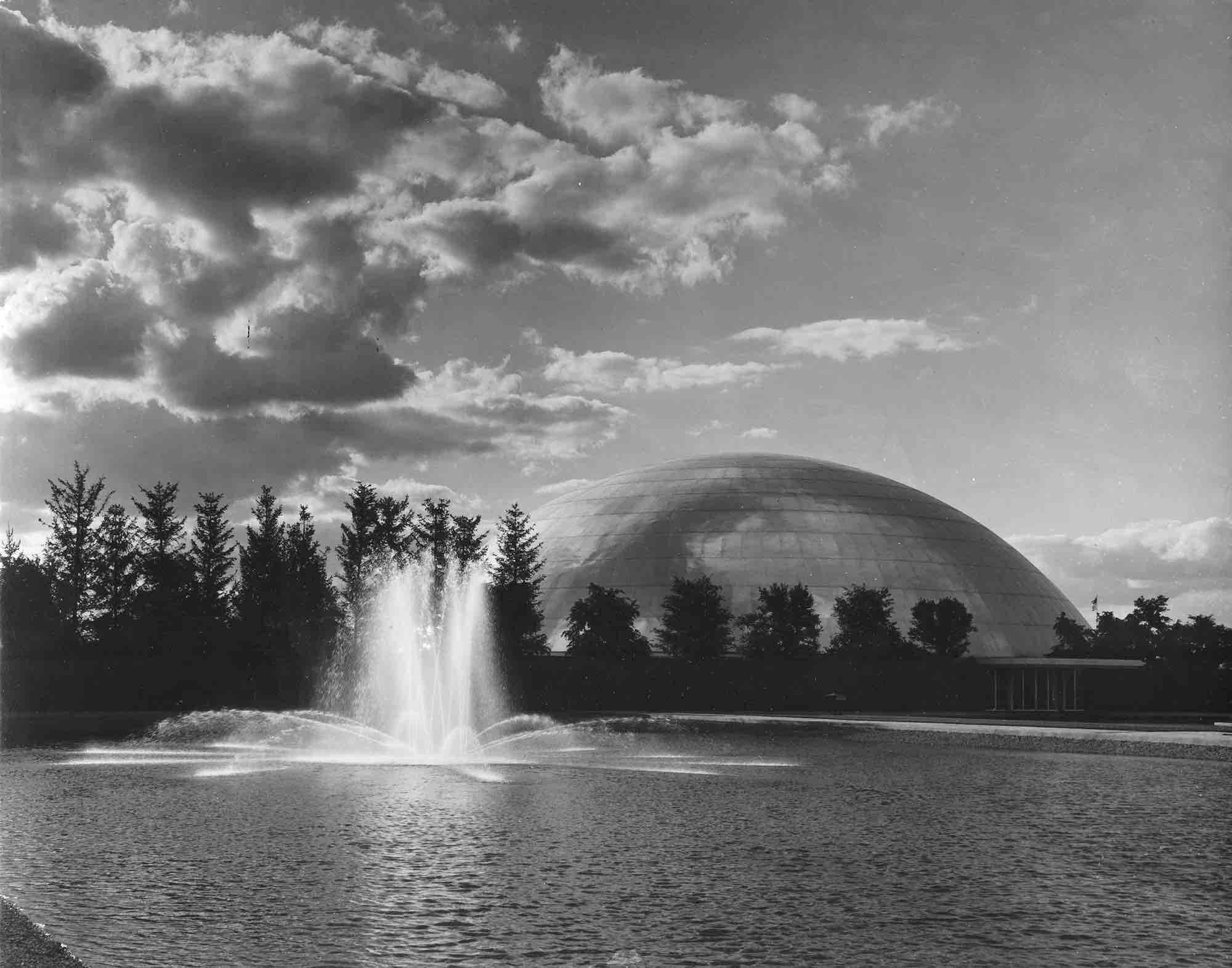 Eero Saarinen, GM Tech Center (Warren, MI) 1946