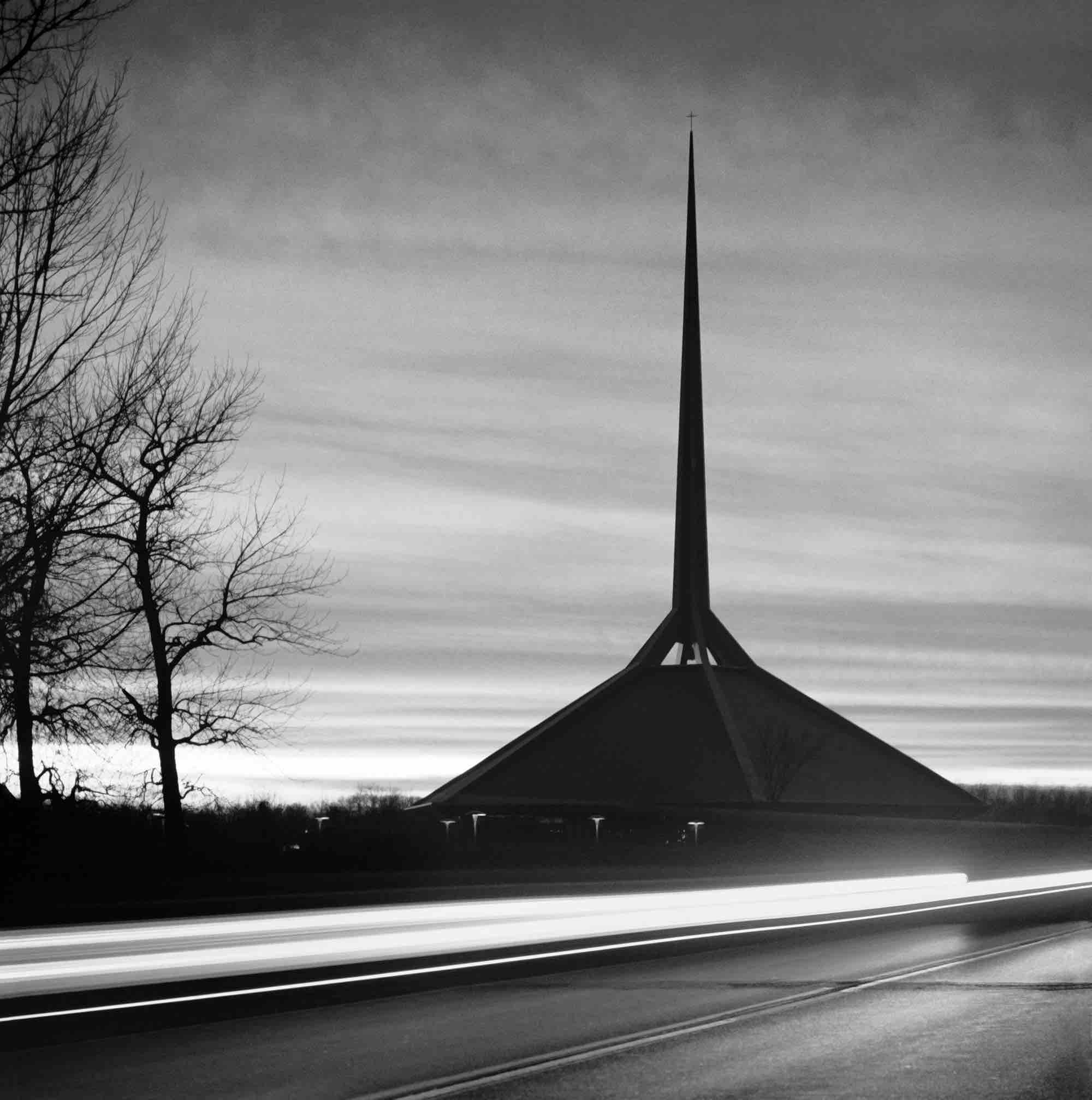 Eero Saarinen, North Christian Church (Columbus, Indiana) 1964