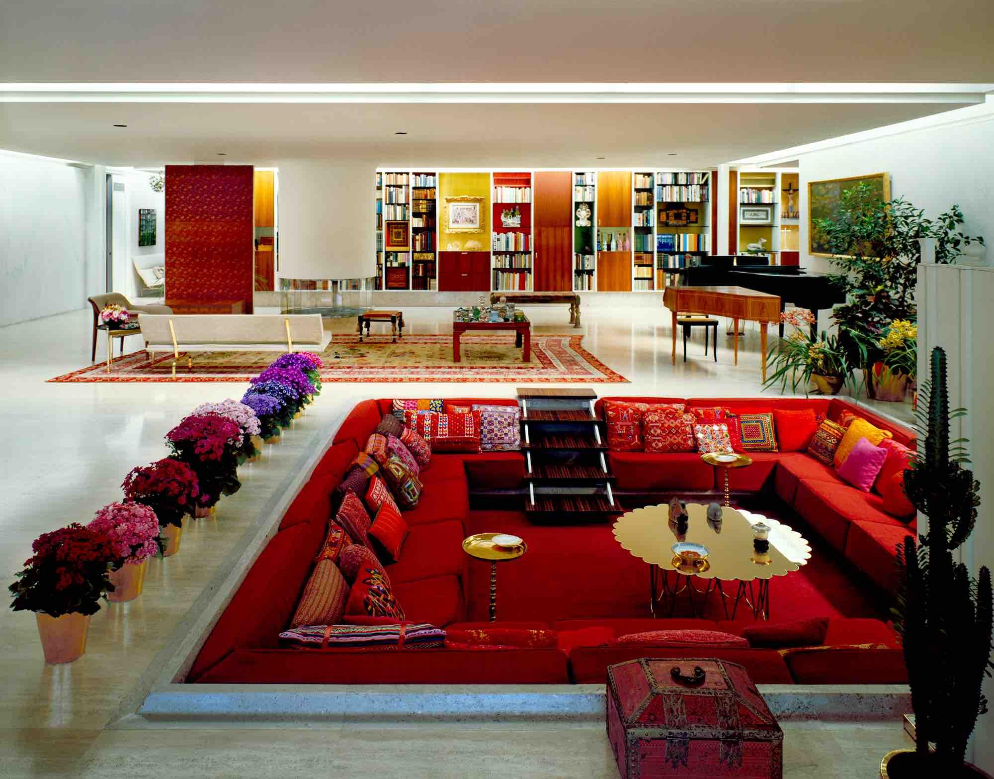 Eero Saarinen, The J. Irwin and Xenia Miller House (Columbus, IN) 1957